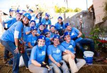 Equipe de voluntários da ONG Reparação, de Bragança Paulista, em campo para ajudar a reformar mais uma casa de família carente. Foto - Reparação-Divulgação