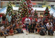Shopping de Campo Grande (MS) abre mais cedo para que Papai Noel recebesse crianças autistas. Fotos- Alana Portela/Campo Grande News