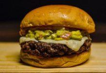 Hamburguer sem carne criado pela Emprapa. Fotos - Embrapa/Divulgação