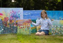 Daisy Watt, dez anos, usa seu talento com a pintura para arrecadar dinheiro para instituições de saúde. Fotos - facebook Daisy Watt